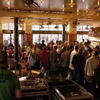 3/15/2013 tarihinde Sabatino T.ziyaretçi tarafından Café Belga'de çekilen fotoğraf