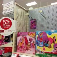 Снимок сделан в Target пользователем Susan 🌺☕️💊 M. 12/15/2012