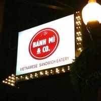 12/10/2012에 Emily B.님이 Banh Mi & Co에서 찍은 사진