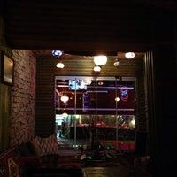Снимок сделан в TNT Cafe пользователем Volkan G. 12/18/2013
