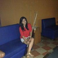 3/17/2013에 Mitchum R.님이 Ha Ha Billiard And Bar에서 찍은 사진
