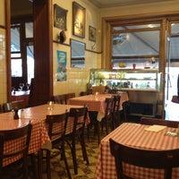 4/14/2013 tarihinde Caffe A.ziyaretçi tarafından Friture René'de çekilen fotoğraf