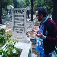 10/9/2016 tarihinde Bünyamin 1905 🏀⚽ A.ziyaretçi tarafından Bakırköy Mezarlığı'de çekilen fotoğraf