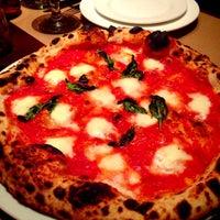 Foto diambil di PD Pizza oleh Giovanni S. pada 4/21/2013
