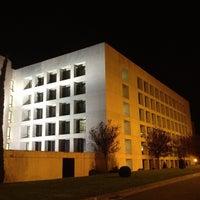 Foto tomada en Edificio de Bibliotecas - UNAV por Jorge L. el 11/3/2012