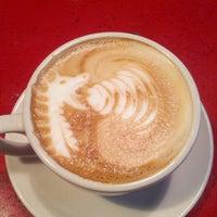 Снимок сделан в Cafe Mox пользователем Jason D. 4/21/2013
