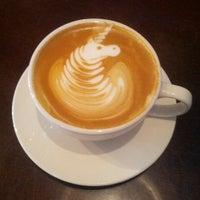 4/28/2013에 Jason D.님이 Cafe Mox에서 찍은 사진