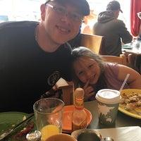Photo prise au Winona's Restaurant par Kim H. le7/28/2018