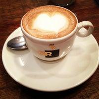 รูปภาพถ่ายที่ OR Coffee Bar โดย Iara V. เมื่อ 6/24/2013