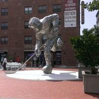 รูปภาพถ่ายที่ Prudential Center โดย Wilber V. เมื่อ 6/9/2013