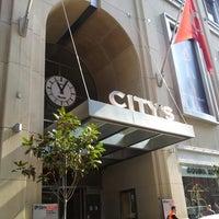 Das Foto wurde bei City's Nişantaşı von Karaca am 9/27/2013 aufgenommen
