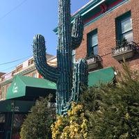Foto scattata a Cactus Cantina da David ⚡. il 3/22/2013