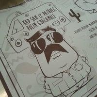 รูปภาพถ่ายที่ Burrito Madre โดย Sofija D. เมื่อ 11/9/2014