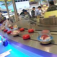Снимок сделан в Wasabi Modern Japanese Cuisine пользователем David H. 11/25/2012