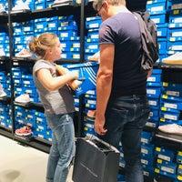 adidas Outlet Store Sportzubehörladen in Metzingen