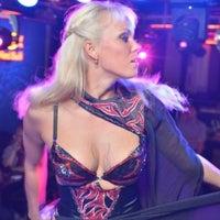 Foto scattata a Rossi's bar - Karaoke da ~Greshnica~ il 7/19/2013