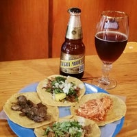 Foto tomada en Tacos Chapultepec por Kim Erik H. el 8/2/2014