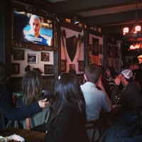 5/13/2013 tarihinde Stanley L.ziyaretçi tarafından Storm Crow Tavern'de çekilen fotoğraf
