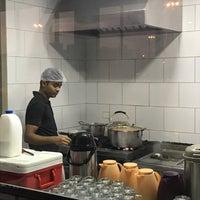 Das Foto wurde bei Emmawash Traditional Restaurant | مطعم اموش von Ali T. am 11/11/2019 aufgenommen