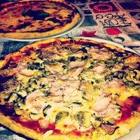 Foto tomada en Pizzeria Al Gambero por Roberto C. el 7/25/2013