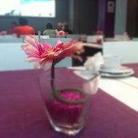 Foto tirada no(a) Hotel Curious por @Marta_Bonet em 10/10/2012