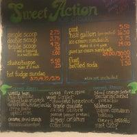Photo prise au Sweet Action Ice Cream par Steven S. le6/26/2013