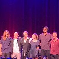 8/6/2019에 Tod C.님이 Ridgefield Playhouse에서 찍은 사진