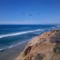 Das Foto wurde bei Torrey Pines State Beach von Neo Q. am 3/6/2013 aufgenommen
