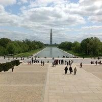 รูปภาพถ่ายที่ อนุสาวรีย์วอชิงตัน โดย Raffy I. เมื่อ 4/22/2013