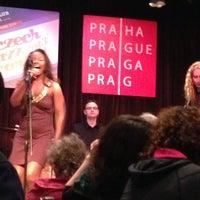 รูปภาพถ่ายที่ Reduta Jazz Club โดย Elena U. เมื่อ 3/23/2013