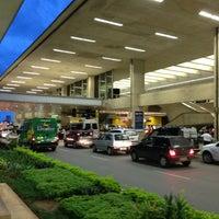 Foto scattata a Aeroporto Internacional de Confins / Tancredo Neves (CNF) da Luciano M. il 3/31/2013