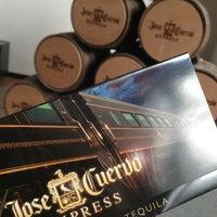 Das Foto wurde bei Jose Cuervo Express von Baltazar R. am 6/23/2013 aufgenommen