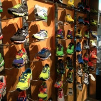 10/1/2013にSalvador G.がRunning Company Madridで撮った写真