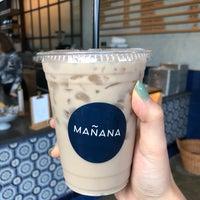 Foto tomada en Mañana Coffee & Juice por Tanya S. el 10/9/2018