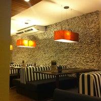 รูปภาพถ่ายที่ Marítimos Restaurante โดย Eduardo C. เมื่อ 10/12/2011