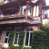 Photo prise au Le Clos Arsène Lupin par Laurent B. le8/21/2012
