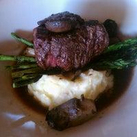 Photo prise au Black Rock Kitchen & Bar par Adrian R. le4/22/2013