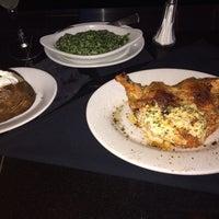 Foto scattata a Ruth's Chris Steak House - Clayton, MO da Mario B. il 7/15/2014