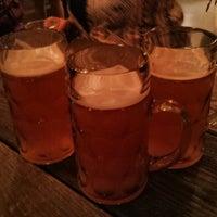5/11/2013 tarihinde David C.ziyaretçi tarafından LowBrau'de çekilen fotoğraf