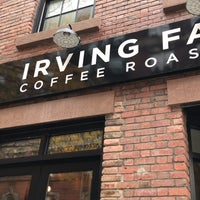 Foto tirada no(a) Irving Farm Coffee Roasters por BB L. em 11/9/2018