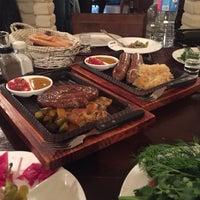 Photo prise au Pétrovič Restaurant par Ravshan le4/1/2017