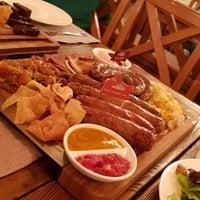 Photo prise au Pétrovič Restaurant par Ravshan le10/7/2017