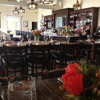 Foto tirada no(a) Sissy's Southern Kitchen & Bar por lucy K. em 2/16/2013