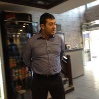 9/28/2013 tarihinde Ismail Y.ziyaretçi tarafından Şevkat Pide & Kebap'de çekilen fotoğraf