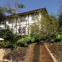 Foto diambil di Ronco do Bugio Pouso e Gastronomia oleh ★ Ju C. pada 9/29/2013