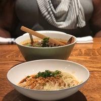 Foto tomada en Hao Noodle por Charlinda B. el 10/23/2018