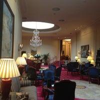 Das Foto wurde bei Hotel Wellington von Maximka N. am 4/6/2013 aufgenommen
