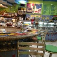 4/23/2013에 osvaldo님이 Restaurante e Confeitaria Lopes에서 찍은 사진