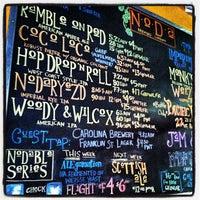 รูปภาพถ่ายที่ NoDa Brewing Company โดย Chris W. เมื่อ 4/3/2013