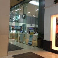 Снимок сделан в ZOOM Apple Premium Reseller пользователем Irwan A. 3/24/2013